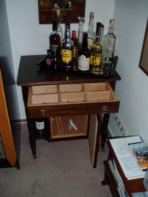 2003 auf dem holzweg zum humidor flying cigar a cigar travel blog. Black Bedroom Furniture Sets. Home Design Ideas