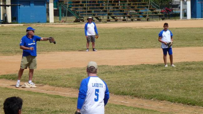 cuba 2012 baseball match 0412 17