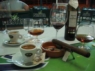 El cafecito del domingo-http://flyingcigar.de/wp-content/images/stories/travel/algarve/algarv16.jpg